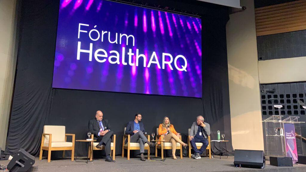 Momentos de conhecimento e homenagens marcam Fórum+Prêmio HealthARQ 2021 2