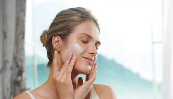 10 dicas de movimentos de massagem facial para incluir no ritual de skincare 1